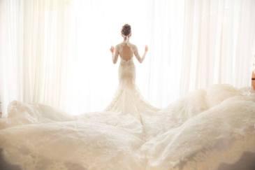 手工婚纱礼服